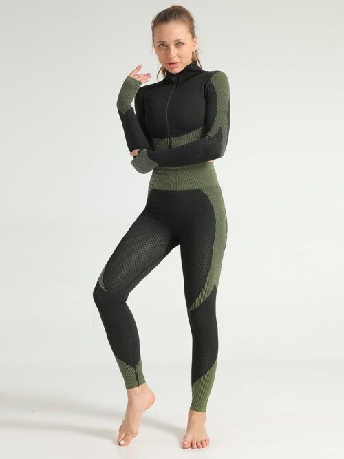 Women Long Sleeve Crop Zip Sports Top